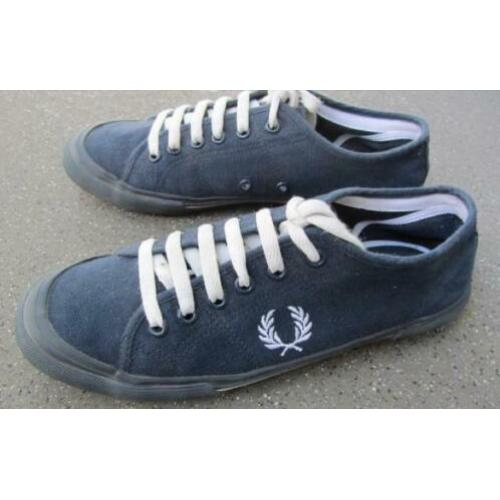 Fred Perry canvas gympen mt 40